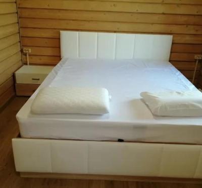 Кровать Линда с матрасом